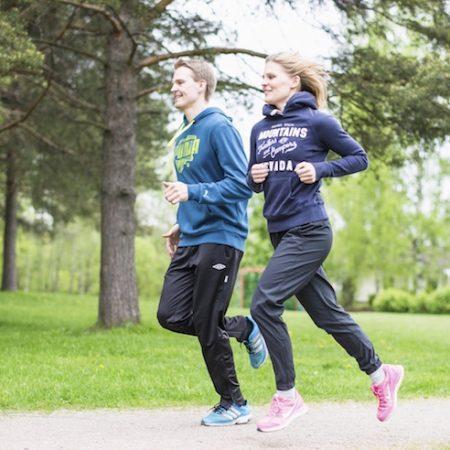 Suomalaiset D-vitamiinisuositukset altistavat osteoporoosille